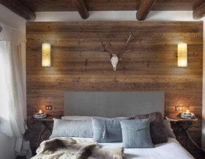 corner suite with dinning room1